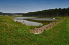 Projektování rybníků a vodohospodářských staveb - stavba rybníka v Černé - Vysočina